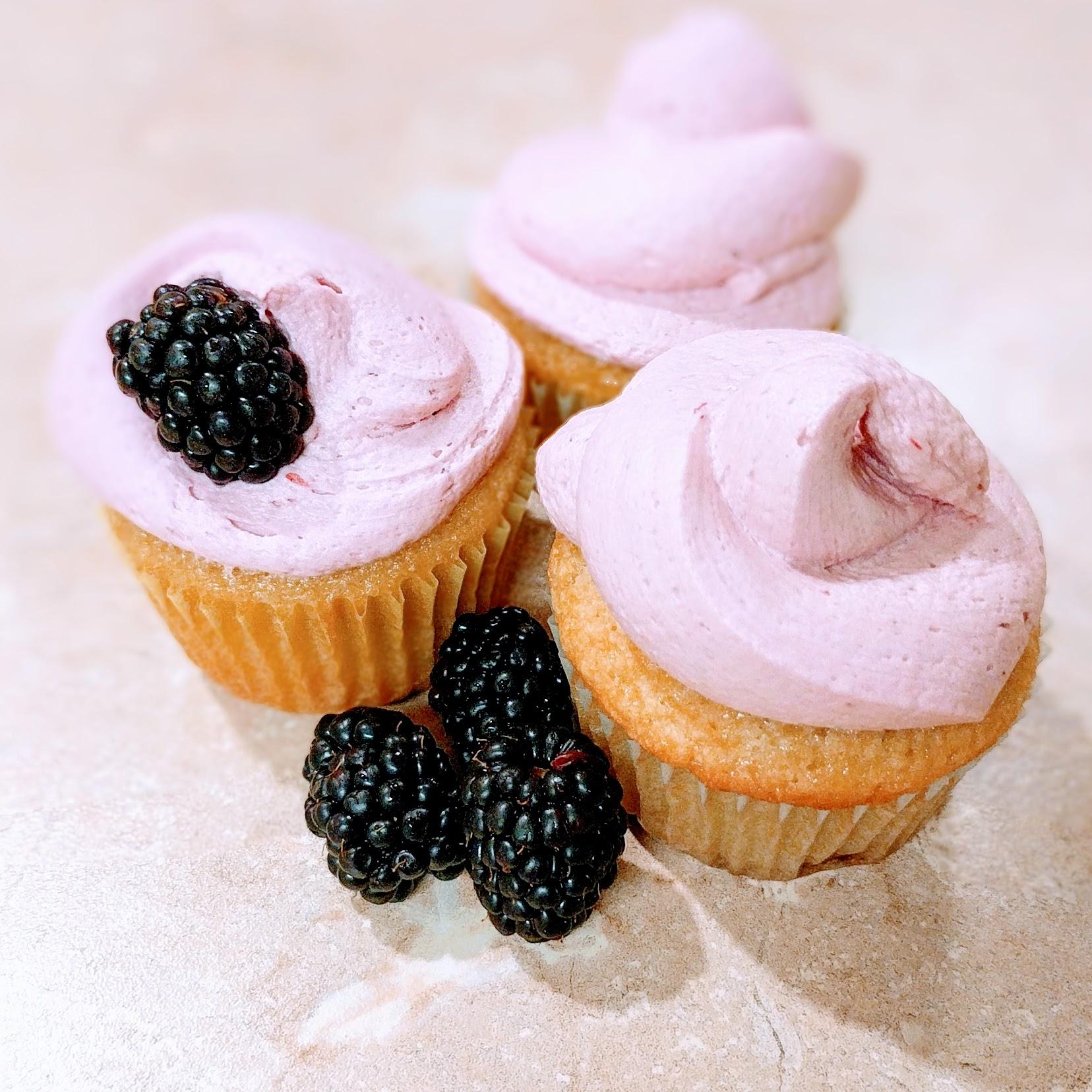 beautiful cupcake trio